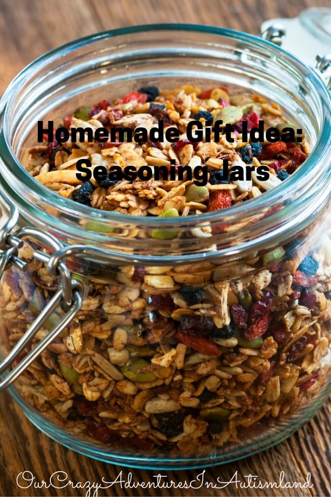 Homemade Gift Idea: Seasoning Jars
